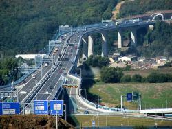 Víte, že ... délka nejdelšího mostu v České republice, tzv. Radotínského mostu přesahuje 2 kilometry?