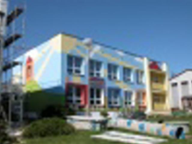 Tlučná - budova MŠ