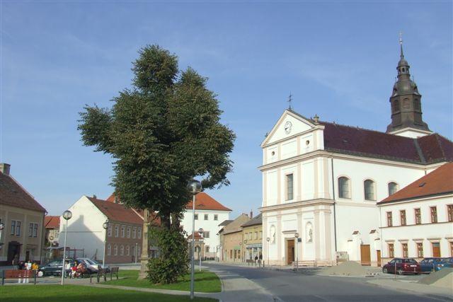 Nám. Sv. Ondřeje - Uherský Ostroh