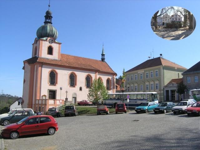 Kostel a Základní škola v Novém Kníně