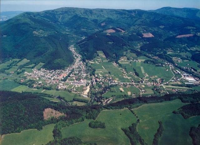 Dolní Bečva - letecký snímek obce