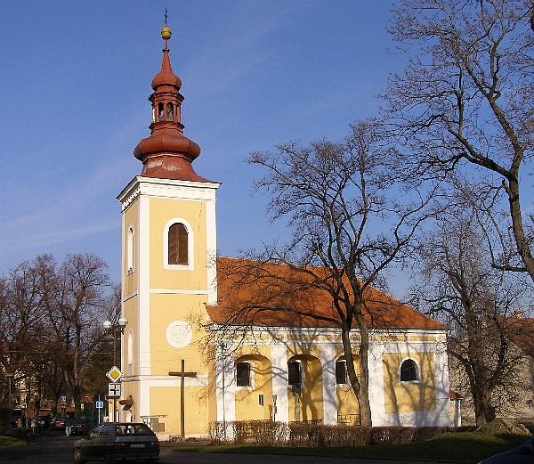 Kadaň ... kostel svaté Anny, od r. 1950 slouží pravoslavné církvi