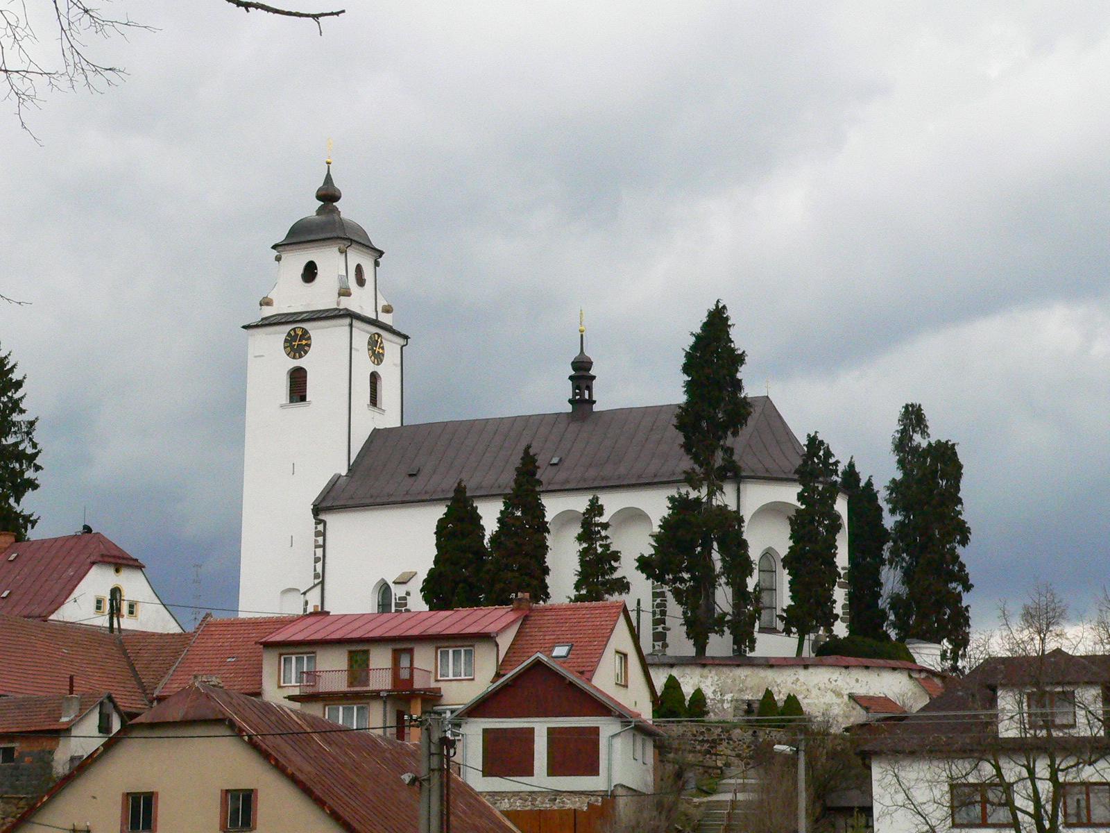 Kostel Nanebevzetí Panny Marie v Netíně