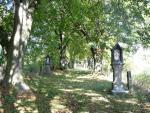 Křížová cesta k hrobce Lobkowiczů v Netíně