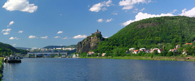 http://www.czregion.cz/files/images/usti-nad-labem.jpg