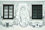 Sgrafitová výzdoba na jednom z měšťanských domů - foto Š. Mikeš