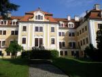zámek v parku v Chlumu u Třeboně